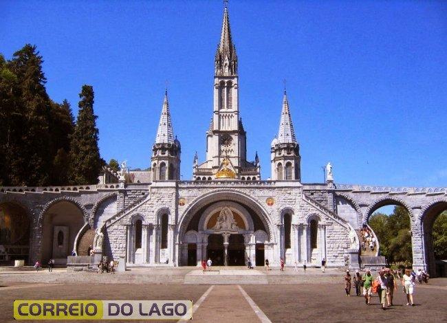 Santuário de Nossa Senhora de Lourdes, na França
